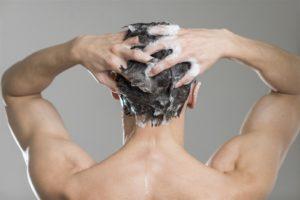 Το συχνό λούσιμο ταλαιπωρεί τα μαλλιά; 4